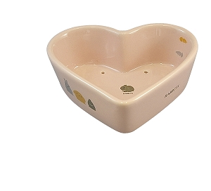 Marukan Rabbit Heart Shape Corner Feeder 340ml