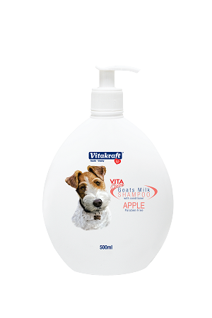 Vitakraft 2 in 1 Goat's Milk Shampoo for Dogs Apple Scented
